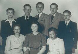 Obitelj Tuđman.jpg