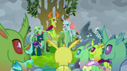 Ocellus addressing the changelings S9E25