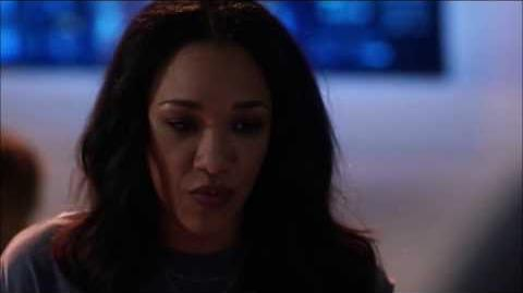 Iris and Mon-El (The Flash) save Barry and Kara with true love's kiss