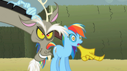 Discord Look over there Rainbow Dash! S2E1