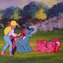 Fizzy (My Little Pony 'n Friends).jpg