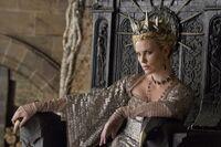 Queen-Ravenna-From-Snow-White-Huntsman
