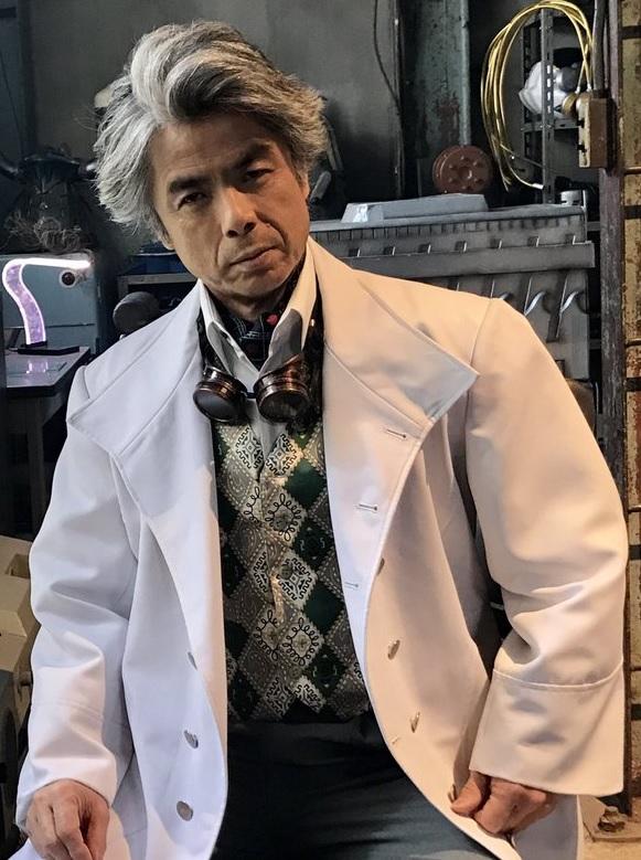 Dr. Anton