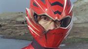 Super GekiRed broken helmet.PNG