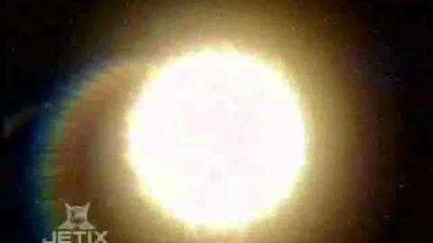 Power_Rangers_Mystic_Force_-_Solaris_Knight_Morph-0