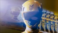 Yellow Megaforce Ranger Morph 2