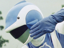 Choujuu Sentai Liveman, Blue Dolphin 01.png