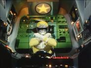 Goggle V Yellow Cockpit