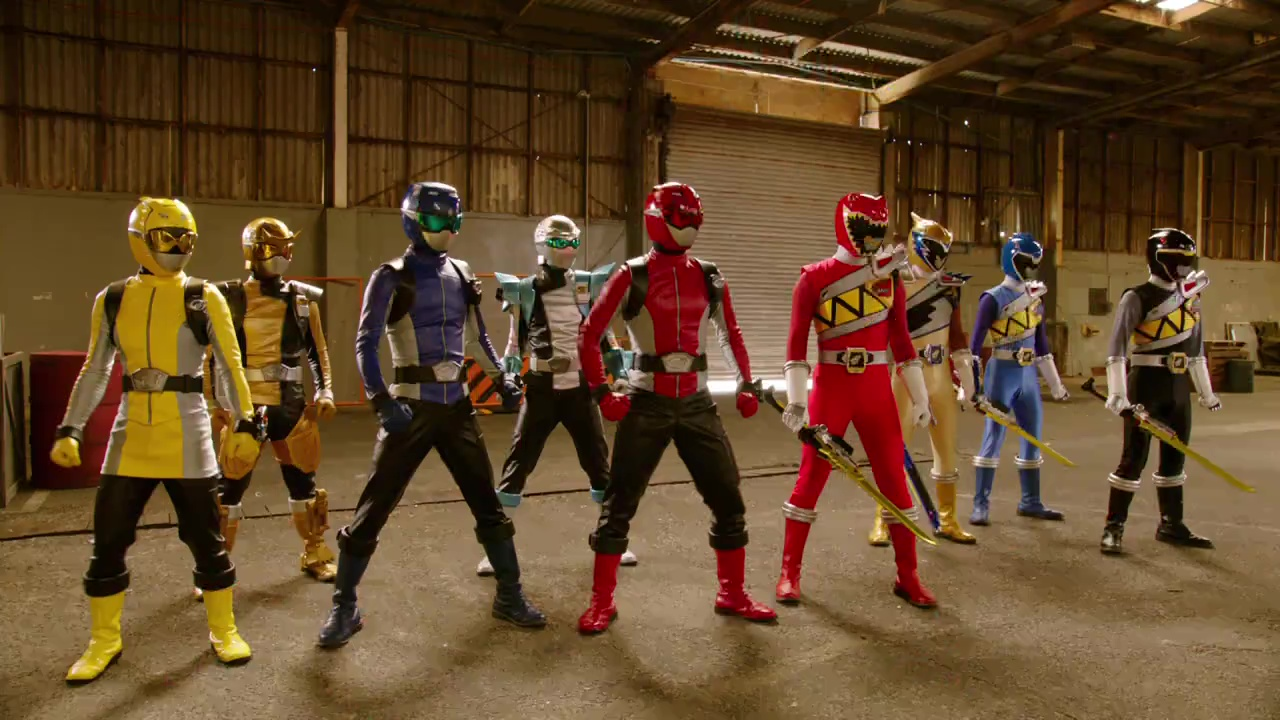 Comparison:Zyuden Sentai Kyoryuger vs. Go-Busters: Dinosaur Great Battle! Farewell, Eternal Friends vs. Finders Keepers