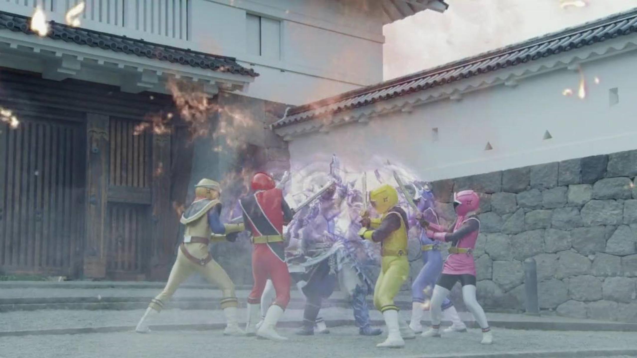 Comparison:Shuriken Sentai Ninninger The Movie: The Dinosaur Lord's Splendid Ninja Scroll! vs. Dimensions in Danger