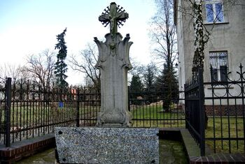 Pomnik ks. Zygmunta Masłowskiego