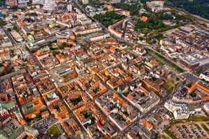 Stare Miasto z lotu ptaka.jpg
