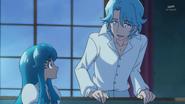 Blue le dice a Hime que ya es hora de decirle la verdad a las chicas