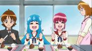 Todos comiendo lo que preparo yuko