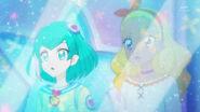 Lala y Elena (STPC27 - Mira la nueva forma de Hikaru)