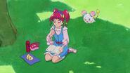 STPC1.32-Fuwa viendo a Hikaru dibujar