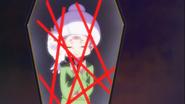Mitsuya y su loro dentro de un espejo