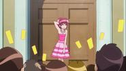 Todos deseandole feliz cumpleaños a Megumi