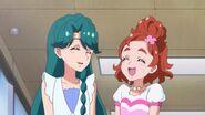 52. Haruka y Minami riendo al final del episodio