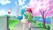 Megumi pidiéndole a hime que le enseñe como vestirse