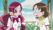 Aya se entera de que Tsubomi es la nieta de Kaoruko Hanasaki