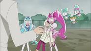 Las Cures son sorprendidas por Itsuki