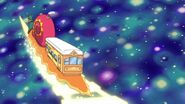 Tren Caracol viajando al Mundo Magico