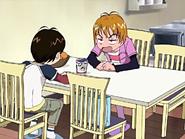 Nagisa ofrece ramen para comer