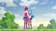Megumi contandole la delicada situacion de salud en que se encuentra su madre