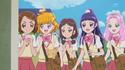 Mirai and co. encourage Mayumi