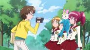 Miyo graba a las chicas