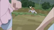 Itsuki las alcanza justo antes de sus transformaciones