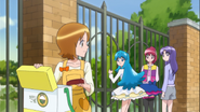 Yuko le enseña que ella no es tan mala