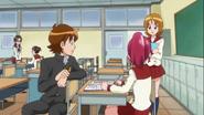 Megumi le pide a Yuko que le ayude