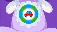 Glasan sintiendo el poder de un bonito auto
