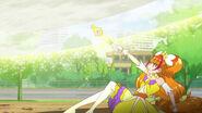 65.Twinkle defendiendose con el Zumbido de Luna Llena