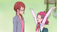 HuPC01.5-Hana animando a su madre