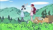 Tsubomi y Erika dando un paseo por la mañana