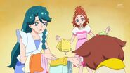 46. Minami y Haruka animando a Kuroro
