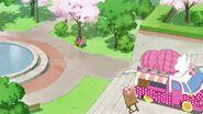 Mirai y Riko por la Mofu mofu bakery