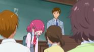 HuPC01.17-El profesor pidiendo a Hana que lo vea despues de clase por llegar tarde