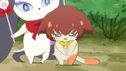 31. Miss Shamour presentando a Kuroro ante los gatos