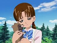 Rina abraza mapache