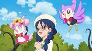 GPPC39 - Yui, Pafu y Aroma miran a la feliz Haruka.