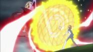 Potpourri usa su escudo para proteger a Itsuki