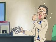 Subdirector leyendo manga