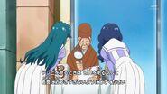 3.Yui y Minami preguntandole a un brujo