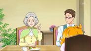 Kanoko sugiriendo que Kotoha duerma en el atico