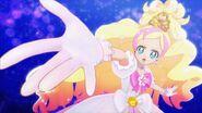 Flora diciendo Pretty Cure...