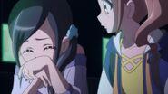 Chiyu se ríe de las bromas malas de Hinata